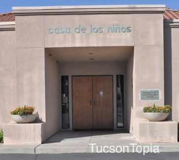 Casa-de-los-Ninos-conference-room