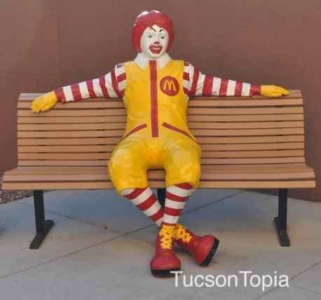 Ronald-McDonald-statue-in-Tucson