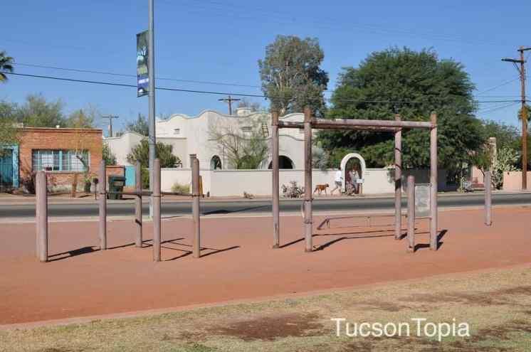 fitness equipment at Himmel Park