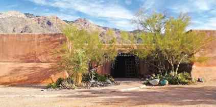 Degrazia Gallery in the Sun Tucson Arizona