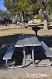 picnic table at La Madera Park