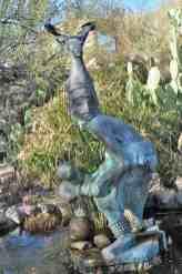 sculpture-at-DeGrazia-Gallery-in-the-Sun