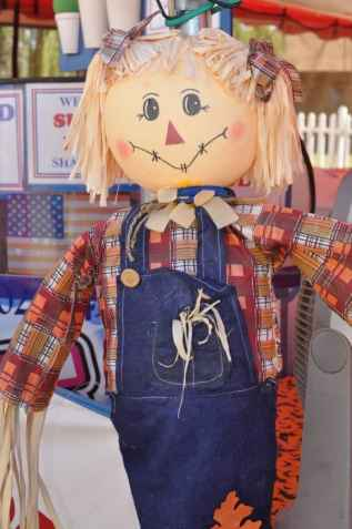 pigtail scarecrow at Apple Annie's