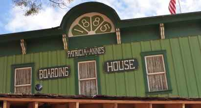 Boarding House at Trail Dust Town