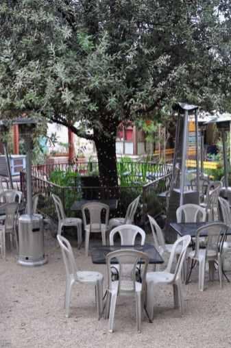 La Cocina outdoor dining