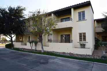 Guestrooms with Private Patios Omni Tucson