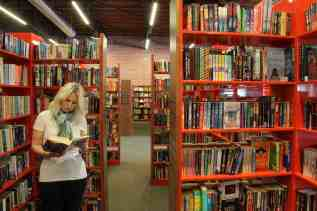 reading woman bookstore tucson midtown