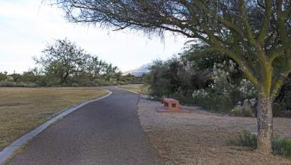 walking path Case Natural Resource Park
