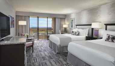 Loews Ventana Canyon Resort Two Queen Room