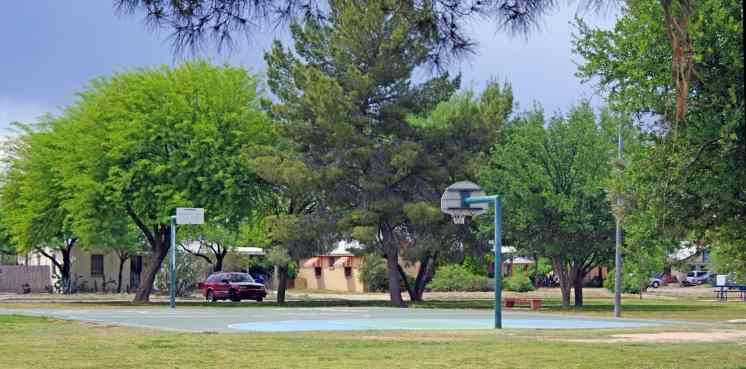 basketball court La Madera Park
