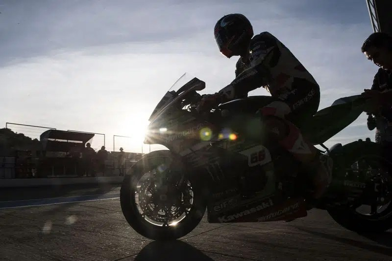 Tom Sykes  Kawasaki Racing Team