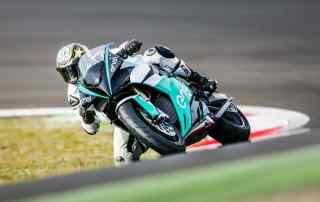 A nova moto do mundial das elétricas foi revelada por Loris Capirossi no Circuito Vallelunga