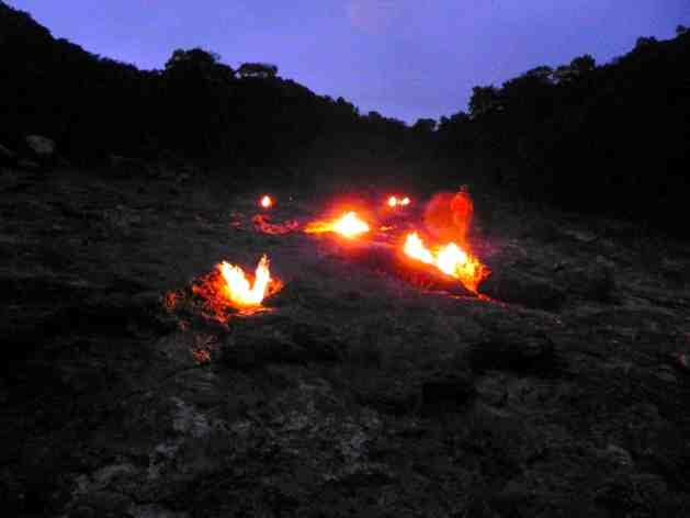 Feuerstellen im Berg