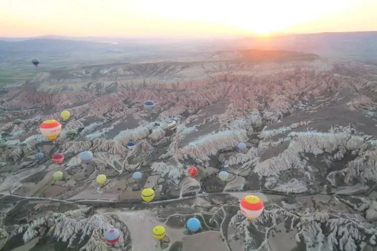Sonnenaufgang Heißluftballons