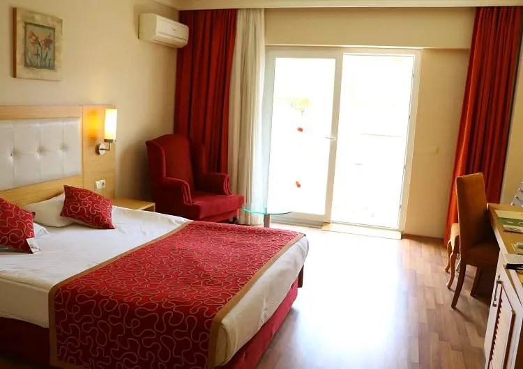 Geräumiges barrierefreies Hotelzimmer