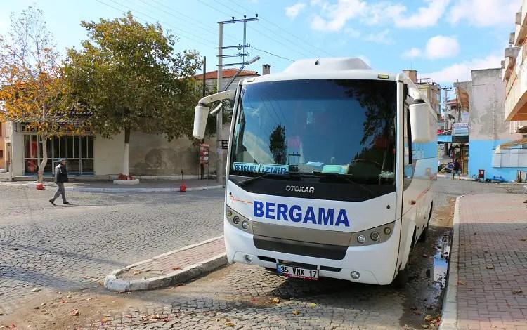 Bus von Bergama nach Izmir