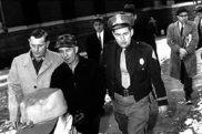 """Résultat de recherche d'images pour """"arrestation ed gein"""""""
