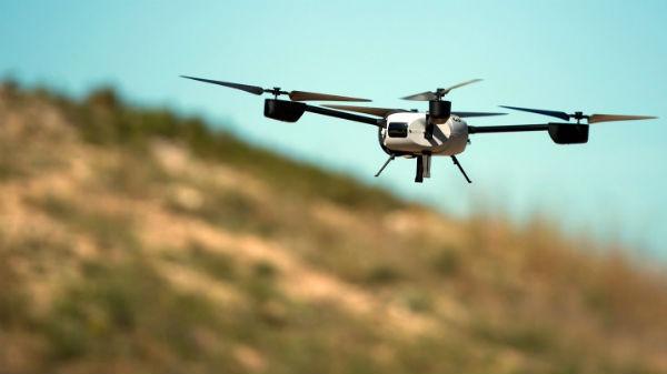 drones avión comercial