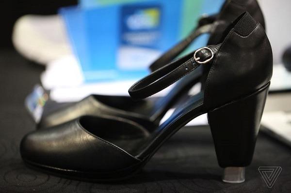 zapatos-de-tacon-inteligentes-1