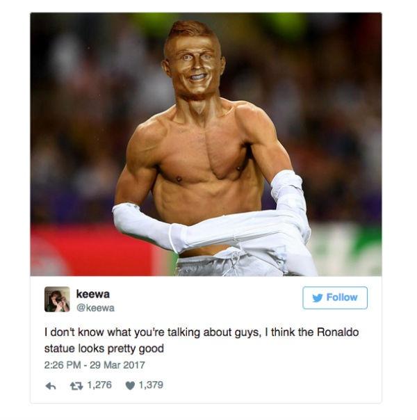 Ronaldo busto bronce