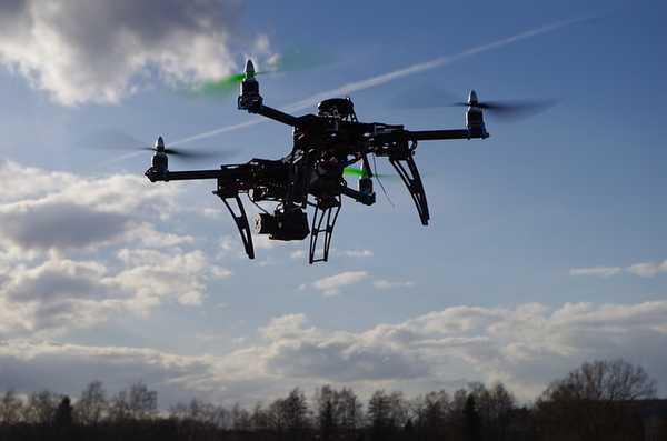 Dron en vuelo