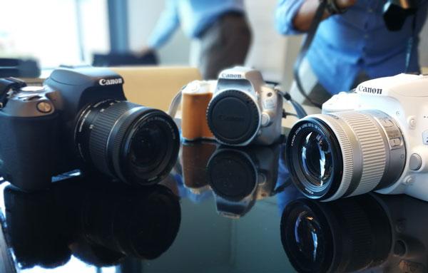 lanzamiento Canon EOS 200D precio