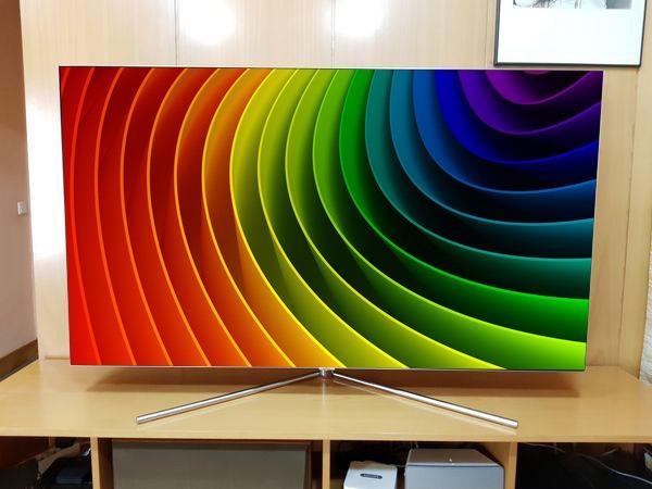 Samsung-QLED-Q7F-65 colores y curvas