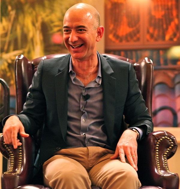 El propietario de Amazon, Jeff Bezos, es ahora el hombre más rico del mundo