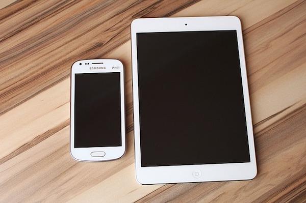 El Gobierno crea un nuevo canon digital que afecta a móviles, tabletas y memorias