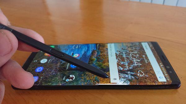 Samsung Galaxy Note 08 con S Pen