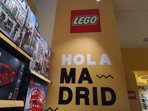 Visitamos la 1.ª tienda de Lego en España