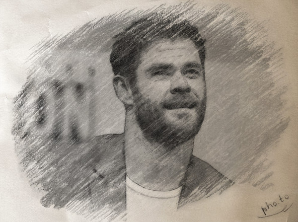 Como convertir una foto en dibujo - Hemsworth carboncillo