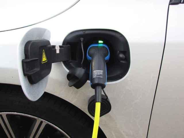 Dónde se puede recargar tu auto eléctrico en España