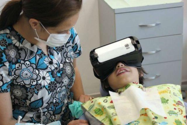 Un hospital francés usa la realidad aumentada para aliviar el dolor