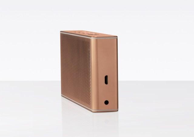 el altavoz Loewe Klang M1 ahora está disponible en oro rosa pintado