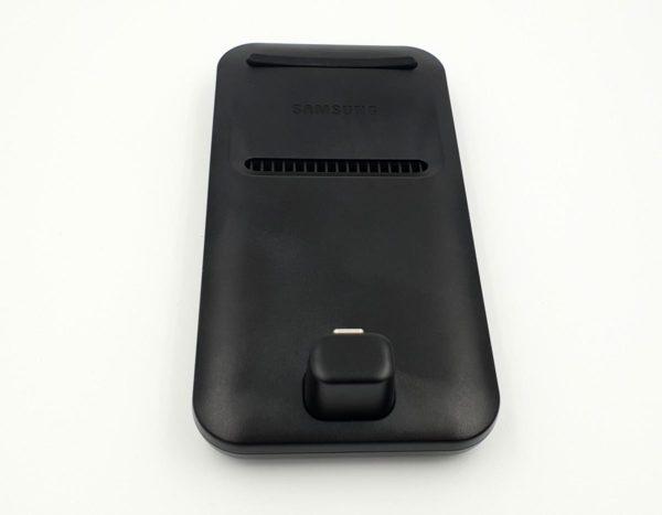 samsung-dex-pad-01