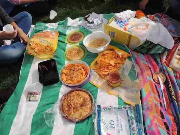 Siete tortillas y media para nueve jóvenes hambrientos: una cantidad muy razonable