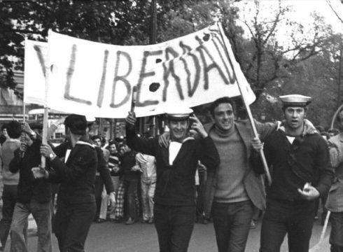 Documentário: Cenas da Luta de Classes em Portugal