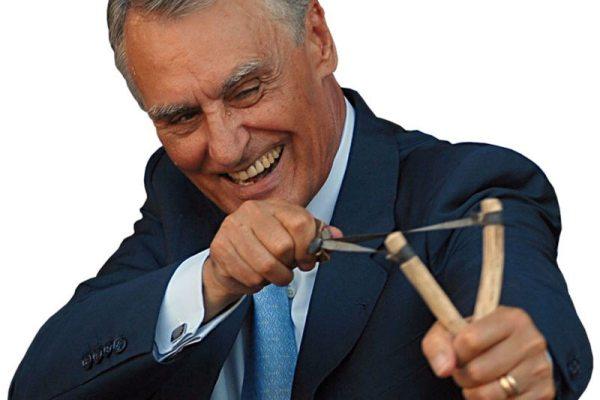 """O """"erro"""" detectado por Cavaco sobre a limitação de mandatos foi ignorado pela justiça"""