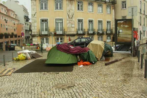 Ocupar Lisboa: quase um ordenado mínimo para se manifestarem