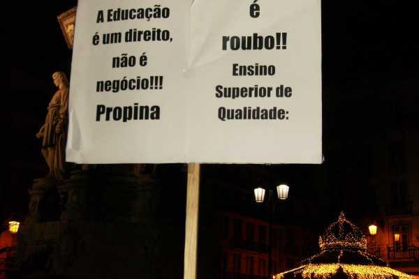 15-12-2011: Protesto em Lisboa contra corte do Passe Escolar [com fotos]