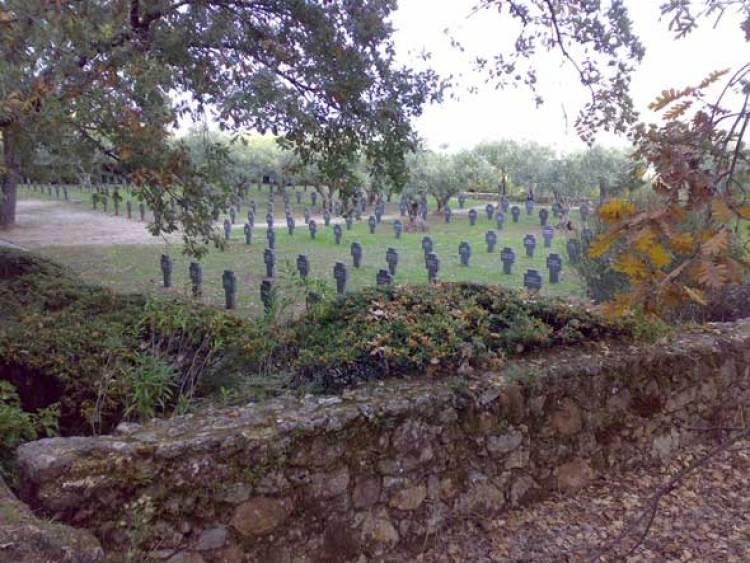 Cementerio Alemán de Cuacos de Yuste. Foto © Francisco Jódar   Tu Gran Viaje revista de viajes y turismo