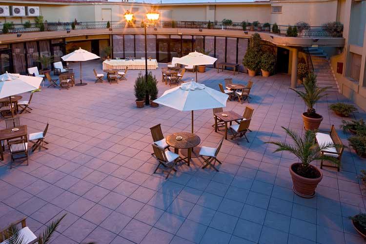 La terraza del NH Collection Colón. Tu Gran Viaje