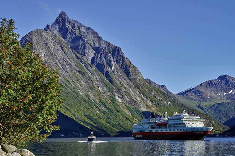 Ofertas de viajes en septiembre - Otoño de Oro de Hurtigruten - Tu Gran Viaje