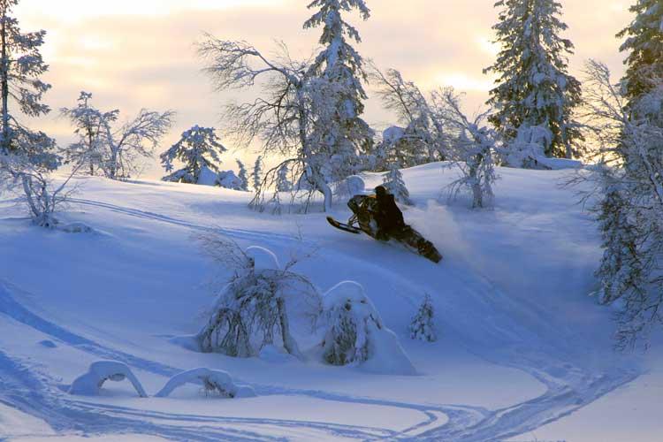 Safari de nieve en Finlandia en Tu Gran Viaje