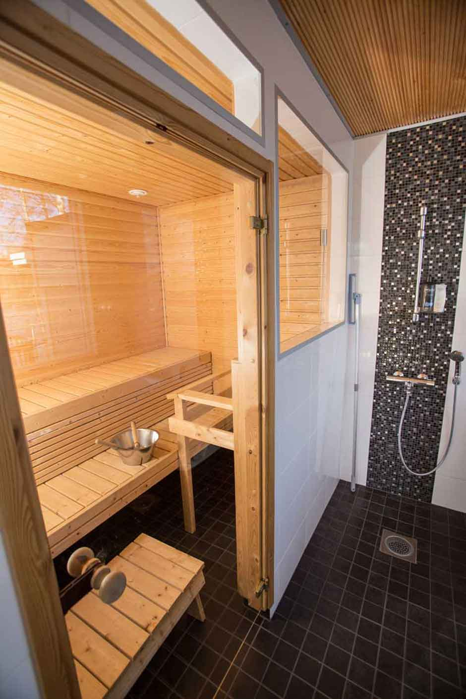 galeria-sauna-villa-takila-alquiler-cabana-finlandia-verano-2017