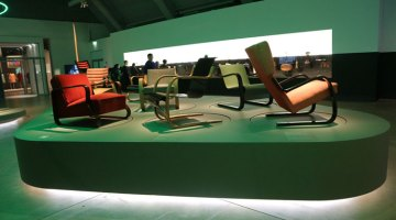 Modern Life exhibition © tu Gran Viaje