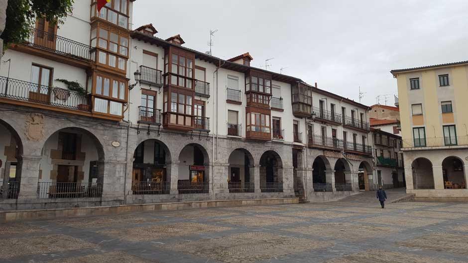 Plaza del Ayuntamiento © Tu Gran Viaje | Escapada a Castro Urdiales | Hotel Sercotel Las Rocas