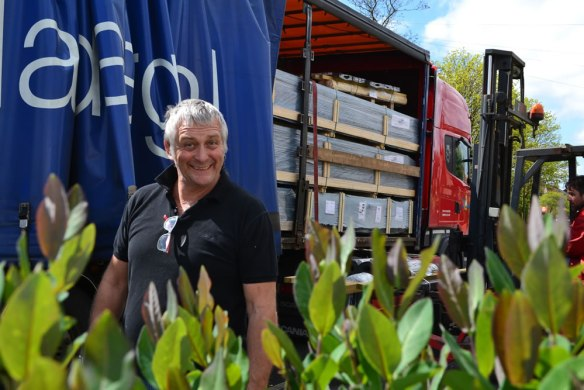 log-cabin-lorry-4