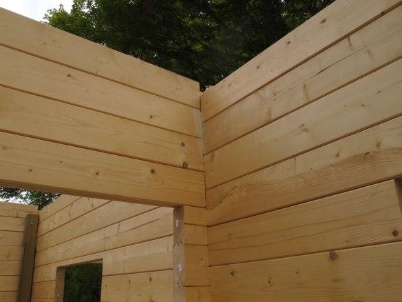 bodged-log-cabin-1